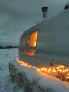 cozy airstream  CLICK THE PIC and Learn how you can EARN MONEY while still having fun on Pinterest