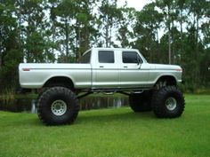 Old Ford Crew Cab I Want A Monster Truck And An Older Jus For Beating Around