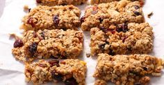 So yummy! A simple recipe for kids :: choc chip flapjack (can be made without nuts) Easy Meals For Kids, Kids Meals, Power Cookie Recipe, Homemade Granola Bars, Healthy Snacks, Healthy Recipes, Eating Healthy, Delicious Recipes, Food Processor Recipes