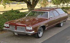 1973 Oldsmobile Vista Cruiser Station Wagon