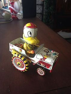 RARE Linemar Toys Japan Fire Chief Donald Duck Disney Windup Toy 50's Tin Lithos