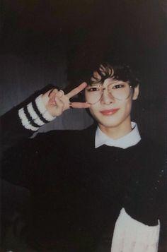 yang jeongin is uwu Lee Min Ho, Busan, Amor Romance, Rapper, K Wallpaper, Kids Icon, Kid Memes, Charlie Puth, Lee Know