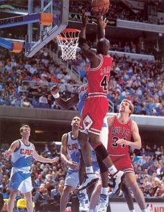 Jordan Shoots Above Cage, '95.
