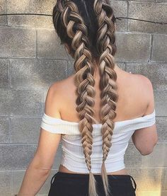 Updo Hairstyle Riding the braid wave? With these step-by-step instructions, you'll nail down 15 gorgeous braid styles in no time - Riding the braid wave? With these step-by-step instructions, you'll nail down 15 gorgeous braid styles in no time Daily Hairstyles, Box Braids Hairstyles, Pretty Hairstyles, Hairstyle Ideas, Hairstyles 2018, Hair Updo, Summer Hairstyles, Hairstyle Braid, Perfect Hairstyle