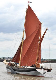 Cambria at The Avenue of Sail, Queens Pageant - classic boat
