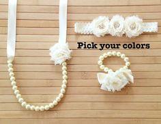 He encontrado este interesante anuncio de Etsy en https://www.etsy.com/es/listing/152853959/custom-pearl-ribbon-and-shabby-chic