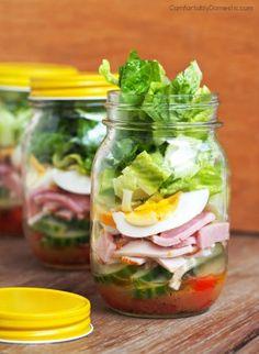 Chef Salad in a Jar is crisp romaine lettuce, fresh vegetables, ham, turkey, egg, cheese, & a tasty parmesan vinaigrette dressing in a convenient jar.