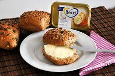 Mit ihrem feinen Buttergeschmack und einem Fettgehalt von 70 % ist Becel Gold eine gesunde Alternative zur Butter. Und streichzart ist die Gute auch noch ...