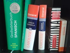 6 tips on how to find a suitable dictionary - I simply love languages Love Languages, Learning Tools, Red Bull, Tips, Spanish, Counseling