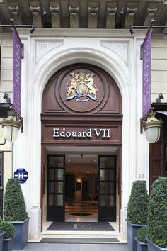 #edouard7hotel #bsignaturehotels #hotelopera #entrance #opera #paris #design