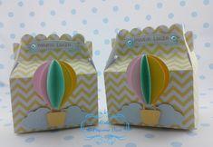 Caixa balão decorada em scrap    **Ideal para colocar lembrancinhas ou guloseimas...    ** Cores e estampas de acordo com o tema escolhido.    **Podemos incluir tag com o nome da criança.