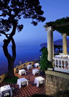 LA PERGOLA • Sorrento, ITALY • Mediterranean • At Bellevue Syrene, a five star hotel overlooking the Gulf of Naples and Mt. Vesuvius, live music, candlelight, lovely • 39 081 8781024 • www.bellevue.it/restaurant-sea-view-sorrento