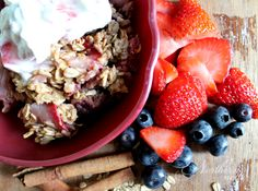 This Berry Oatmeal Bake With Fruity Yogurt Topping is an easy, delicious, protein-packed, make-ahead E breakfast for Trim Healthy Mamas.