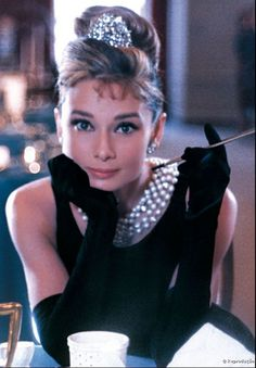 Bonequinha de Luxo: a maquiagem icônica de Audrey Hepburn