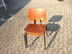 Stol-på-stol, Skole stol