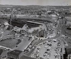 Provenance : Bibliothèque et Archives nationales du Québec (BAnQ). Canada, Chute Montmorency, Saint Roch, Chateau Frontenac, Le Petit Champlain, Charlevoix, Quebec City, Belle Epoque, Old Pictures