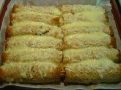 Jauheliharieskat uunissa Kotikokki.netin nimimerkki Annen reseptillä No Salt Recipes, Low Carb Recipes, Cooking Recipes, Healthy Recipes, Savory Pastry, Tasty, Yummy Food, Bite Size, Easy Cooking
