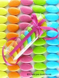 Pour des compositions de dragées en cascade, retrouvez aussi les étuis en plastique transparent. #boites #dragees http://www.decodefete.com/etuis-transparents-p-929.html