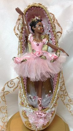 Centerpiece-Pink and White ballerina decorated pointe shoe. Ballet birthday. Ballerina birthday. Bal
