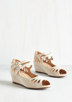 Grand Ole Opera Wedge in Cream. Ensure a grand entrance at tonights performance by arriving in these cream wedges! #tan #wedding #bridesmaid #modcloth
