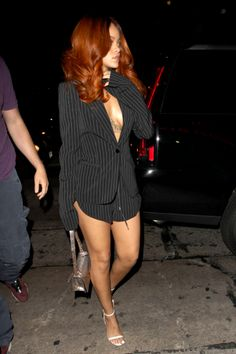 Mode Rihanna, Rihanna Style, Rihanna Red Hair, Rihanna Song, Rihanna Fenty, Dyed Natural Hair, Dyed Hair, Looks Rihanna, Hair Colorful