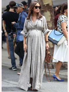 ドレスのリラックスムードがこなれ感を演出|ミロスラヴァ・デュマに学ぶモードなマタニティファッション