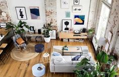 Gravity Home: Warehouse Apartment Hunting for George