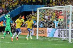 El debe y el haber de la Copa del Mundo en la economía brasileña - http://plazafinanciera.com/debe-y-haber-copa-del-mundo-economia-brasilena/ | #Brasil, #DilmaRousseff, #Fútbol, #MundialBrasil2014, #Portada #Economía
