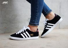 quality design 6fd87 edd0d Womens Adidas Gazelle OG Floral Black White Trainer Adidas series is now  very popular style shoes, popular design and stylish appearance, is  definitely your ...