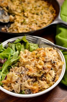 Dig into this heavenly Syn Free Baked Garlic Mushroom and Ricotta Pasta dish - a perfect speed filled recipe. I'm on a bit of a ricotta addition at present. There is just something super indulgent Veggie Recipes, Pasta Recipes, Cooking Recipes, Healthy Recipes, Superfood Recipes, Mushroom Recipes, Lunch Recipes, Yummy Recipes, Free Recipes