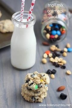Trail Mix Oatmeal Cookies by @Cassie Laemmli | Bake Your Day