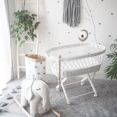 Perfect personal room decoration for you baby! Unisex Nursery Colors, Nursery Neutral, Nursery Themes, Nursery Ideas, Room Ideas, Baby Bedroom, Baby Room Decor, Kids Bedroom, Nursery Curtains