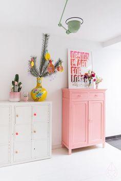 Mueble en color rosa pastel