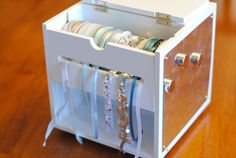 Frozen Tutorial: Elsa's Frozen Powers Bracelet   Get Away Today Vacations - Official Site