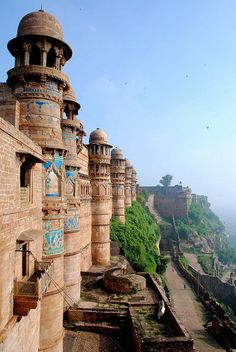 Gwalior Fort, Gwalior ~ Madhya Pradesh. One of the biggest forts in India.