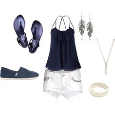 Have an outfit similar!! So cute!
