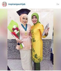 Kebaya hijab - graduation day