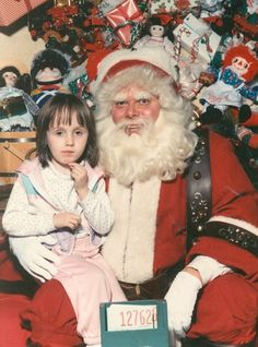 10 Creepy Santas whose laps we want nothing to do with