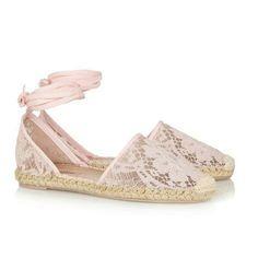 Para lucir un calzado de #novia de lo más chic y #cómodo vía @cosmopolitan_es #ideas #innovias
