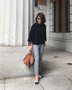 yukoさんはInstagramを利用しています:「2017.10.9 * 先日のコーデ tops#deuxiemeclasse#ドゥーズィーエムクラス pants#gu#ジーユー shoes#chanel#シャネル bag#loewe#ロエベ * 昨日は運動会 娘の可愛いダンスに、息子の悔し泣き……」