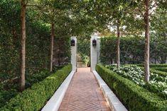 Hot Property: A Meticulously Restored Highland Park Icon - D Magazine House Landscape, Landscape Design, Path Design, Dream Garden, Backyard Landscaping, Landscaping Ideas, Garden Paths, Beautiful Gardens, Beautiful Homes