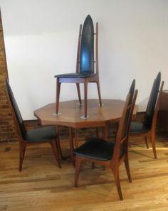 $1399   MID CENTURY DINING TABLE U0026 4 HIGH BACK WALNUT CHAIRS PEARSALL  Modern Eames Set