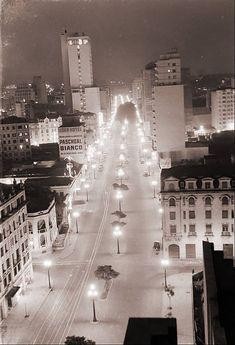 An empty Avenida Ipiranga in downtown São Paulo in 1950. São Paulo, Brazil