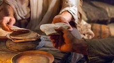 Evangelio del Día | Yo soy el pan de vida el que venga a mí no tendrá hambre  Imagen: WEB  Juan 6 35-40. Cristo nos espera porque quien camina hacia Él por la fe nunca será rechazado.  Del santo Evangelio según san Juan 6 35-40  En aquel tiempo dijo Jesús a la gente: Yo soy el pan de la vida. El que venga a mí no tendrá hambre y el que crea en mí no tendrá nunca sed. Pero ya os lo he dicho: Me habéis visto y no creéis. Todo lo que me dé el Padre vendrá a mí y al que venga a mí no lo echaré…