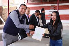 El director general del Telebachillerato Michoacán, Juan Carlos Barragán, encabezó hoy una reunión de evaluación de las acciones realizadas durante el año en el subsistema – Morelia, Michoacán, 29 de ...