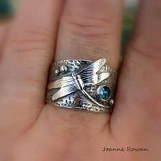 Dragonfly Ring in Sterling Silver set with a London Blue Topaz, Wide Band Sterling Silver Ring Metal Clay Rings, Metal Clay Jewelry, Argent Sterling, Sterling Silver Rings, Dragonfly Jewelry, Accesorios Casual, Precious Metal Clay, London Blue Topaz, Handcrafted Jewelry