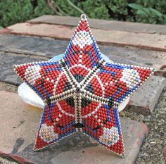 Pattern by Vicki Green of Dragon's Lair Beads