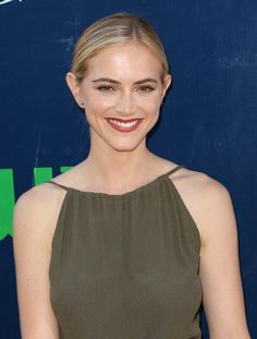 This Weeks Celebrity Beauty Inspo: Emily Wickersham with defined lashes and chic burgundy lip gloss