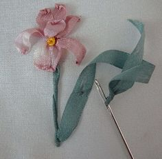 Silk Ribbon Embroidery Tutorial - Iris ... the website has oddles of how-tos ..