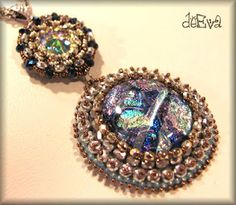 Love this pendant by deEva - beaded jewelry